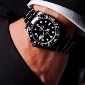 gmt-master-II-rolex-black-blaken-watch-style-650x650